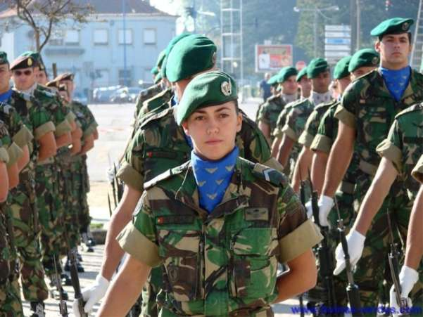 Portuguese Female Soldier