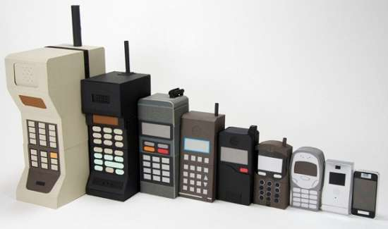 The Evolution Of The Cell Phone Between 1938-2011