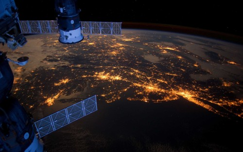 outer space lights planets Earth satellite New York City International Space Station 2560x1600
