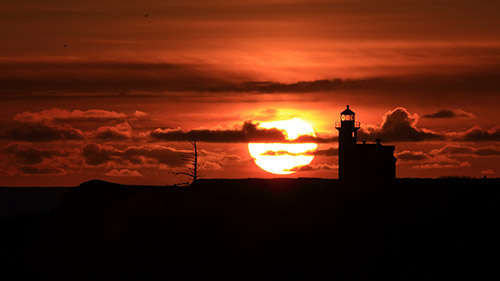 lighthouse_sunset