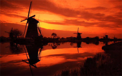 kinderdijk_sunset