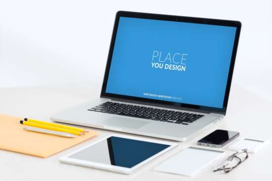 workspace_macbook_pro_mockup