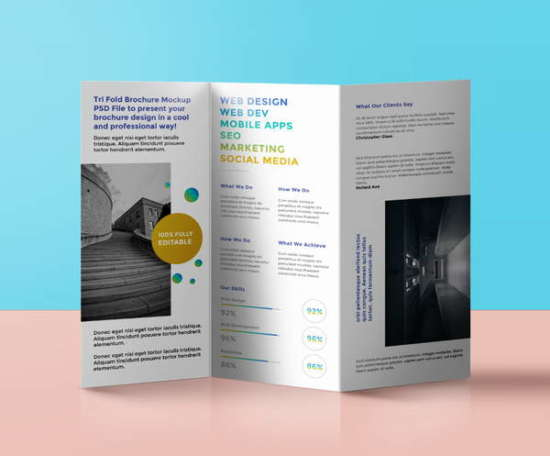 tri_fold_brochure_mockup_psd_showcase_realistic_design_screenshot