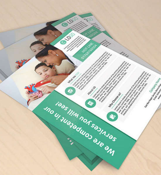desk_flyer_mockup_psd