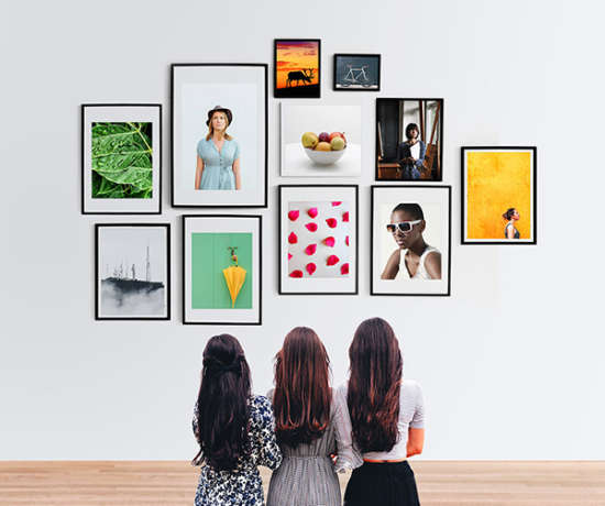 wall_photo_frames_gallery_mockup