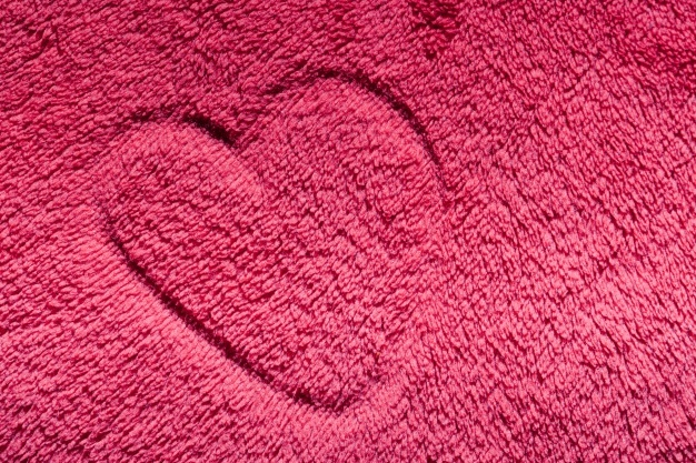 heart_drawn_on_a_carpet