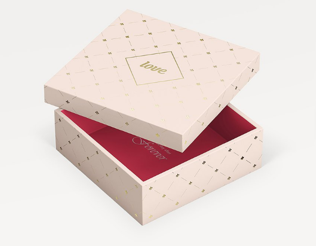 Gift Box 3 Sizes Mock-up