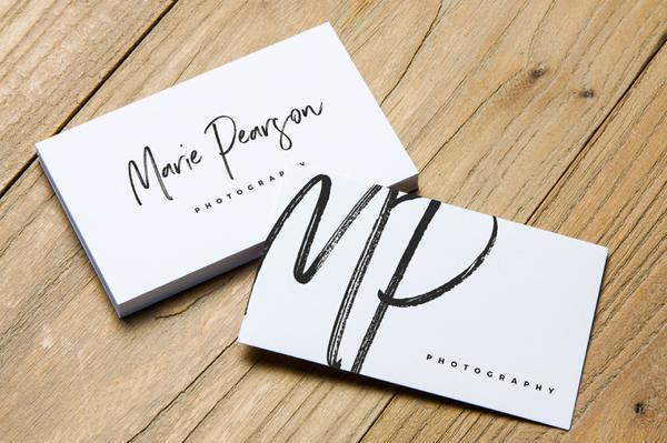 2_free_business_card_mockups