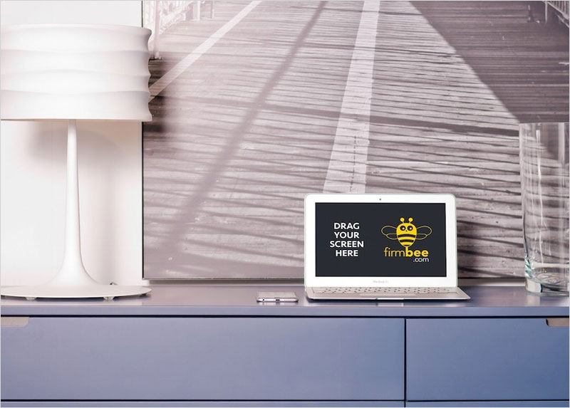 macbook_on_cupboard_mockup