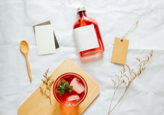 cold_brew_tea_branding_mockup_set_with_glass_of_iced_tea_and_tag_card